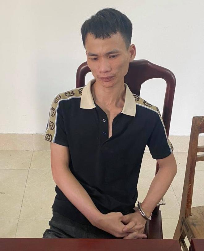 Phát hiện công an bao vây, nam thanh niên vứt balo chứa 10kg ma túy rồi bỏ chạy trong đêm - Ảnh 3.