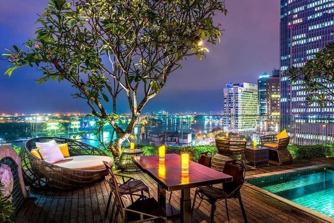 Khách sạn 4 sao có hồ bơi, view ngắm cảnh đêm Sài Gòn được rao bán với giá bất ngờ - Ảnh 6.