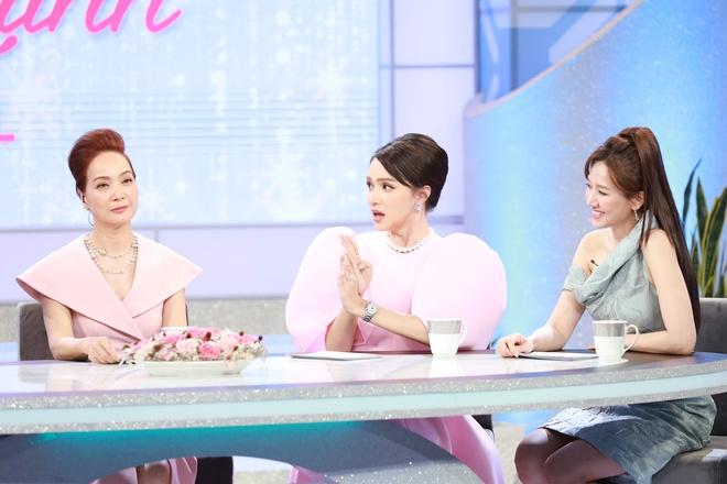 Lâm Vỹ Dạ, Hari Won tiết lộ chuyện chăn gối trên sóng VTV - Ảnh 4.