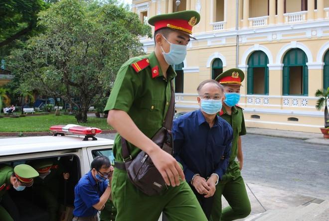 Sự thật về mối quan hệ giữa ông Nguyễn Thành Tài và nữ Chủ tịch Lavenue trong vụ giao đất vàng nghìn tỷ? - Ảnh 2.