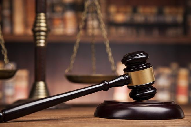 Nói chuyện với 1 ông lão sửa giày trước giờ xét xử, 3 tuần sau, người công nhân bất ngờ thoát được bản án phải ngồi tù - Ảnh 4.