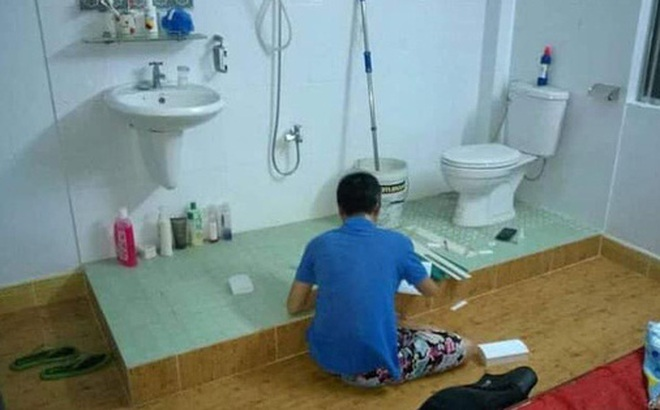 Hết hồn với phòng trọ 'giữa thành phố, toilet nhìn ra ngoài như khách sạn 4 sao', thế mà vẫn có người thuê ở!