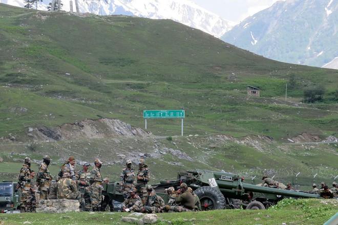 Báo Ấn: Nghi binh ở Hồ Pangong Tso, Trung Quốc sắp nuốt trọn vị trí chiến lược ở Ladakh? - Ảnh 4.
