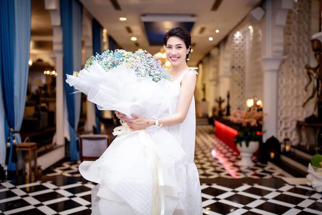 Pha Lê: Phát hiện bạn trai ngoại tình đúng ngày đăng ký kết hôn và cái kết bất ngờ - Ảnh 1.
