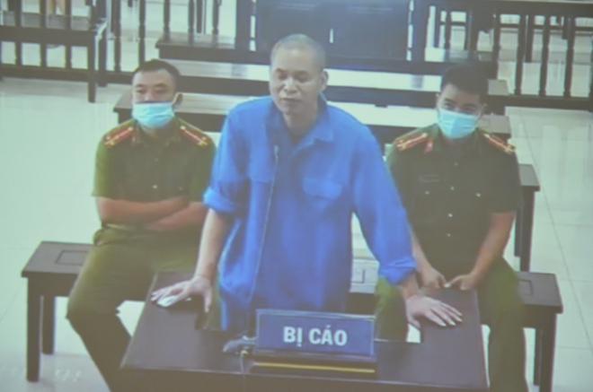 Cùng tội danh, vợ Đường Nhuệ bực tức tại tòa vì bản án bị đề nghị ngang Giám đốc Trung tâm dịch vụ đấu giá - Ảnh 2.