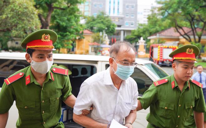 Xử vụ giao đất vàng nghìn tỷ: Ông Nguyễn Thành Tài bật khóc, xin lỗi người dân Sài Gòn khi nói lời sau cùng