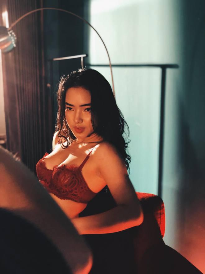 Châu Bùi: Từ người mẫu nấm lùn, nặng 39kg đến mỹ nhân nóng bỏng của làng mốt - Ảnh 7.