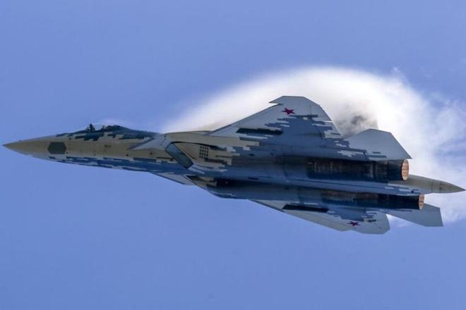 Rộ tin Nga phong tỏa toàn bộ đường không-biển tới Crimea - Su-57 khiến Mỹ một phen sốc nặng - Ảnh 1.