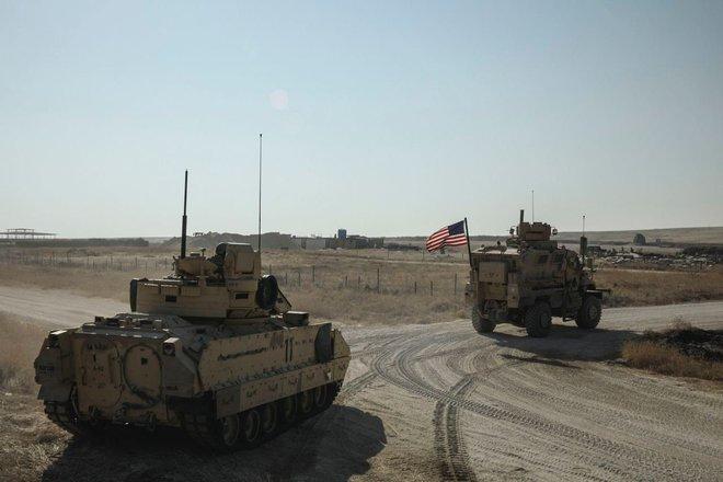 Báo Anh: Đồng minh khuyên Mỹ hạ mình qua cửa Nga nếu muốn thoát khỏi tử địa Syria? - Ảnh 8.