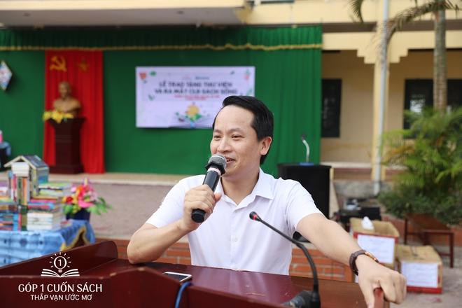 Trao tặng sách trên quê hương danh nhân văn hóa Vũ Diệm - Ảnh 2.
