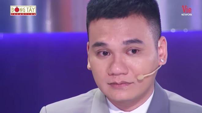 Khắc Việt bật khóc: Tôi đã va chạm quá nhiều người, chưa ai làm tôi run sợ - Ảnh 5.