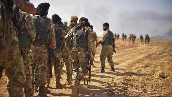 Báo Anh: Đồng minh khuyên Mỹ hạ mình qua cửa Nga nếu muốn thoát khỏi tử địa Syria? - Ảnh 3.