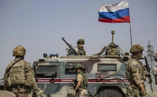 """Báo Anh: Đồng minh khuyên Mỹ hạ mình """"qua cửa"""" Nga nếu muốn thoát khỏi tử địa Syria?"""
