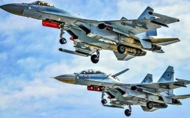 Nga có thể sớm 'trộn' tiêm kích Su-30 và Su-35 thành một chiến đấu cơ mới
