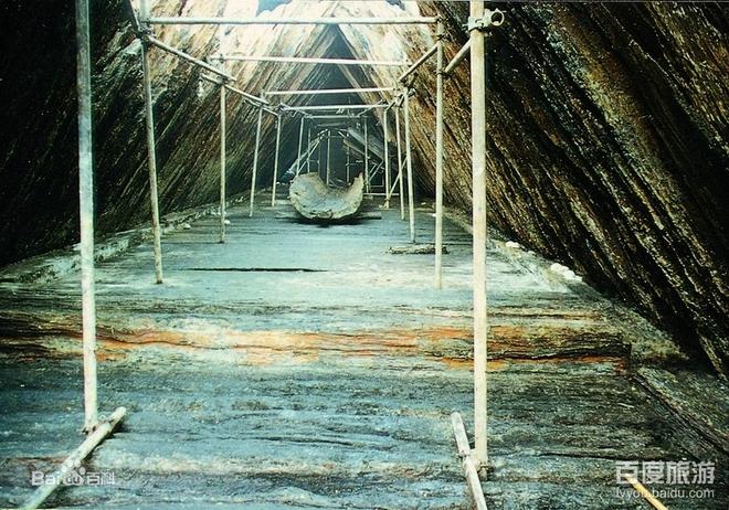 Mở quan tài bằng gỗ 1.000 năm tuổi, nhà khảo cổ bất ngờ khi nhìn vào bên trong - Ảnh 5.