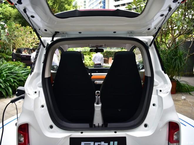 Chiếc ô tô hai chỗ đi chợ, đón con rẻ không ngờ, giá chỉ nhỉnh hơn Honda SH - Ảnh 9.