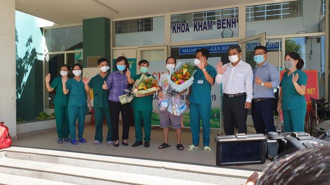 Bệnh nhân cuối cùng xuất viện, Đà Nẵng không còn người mắc Covid-19 - Ảnh 1.