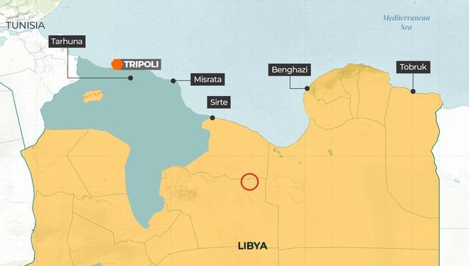 Trực thăng chở lính Nga rơi tại căn cứ chiến lược ở Libya, Su-30SM Nga bị pháo chính tiêm kích địch hạ gục? - Ảnh 1.
