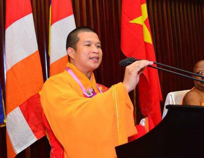 Trụ trì chùa Phước Quang phải hoàn tục vì lừa đảo số tiền lớn - Ảnh 1.