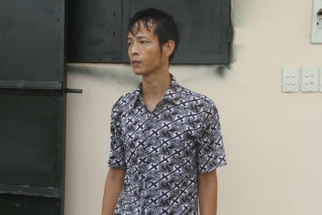 Những ngày sống trong ngục tối của bé trai 9 tuổi ở Hưng Yên bị cha đẻ bạo hành - Ảnh 2.