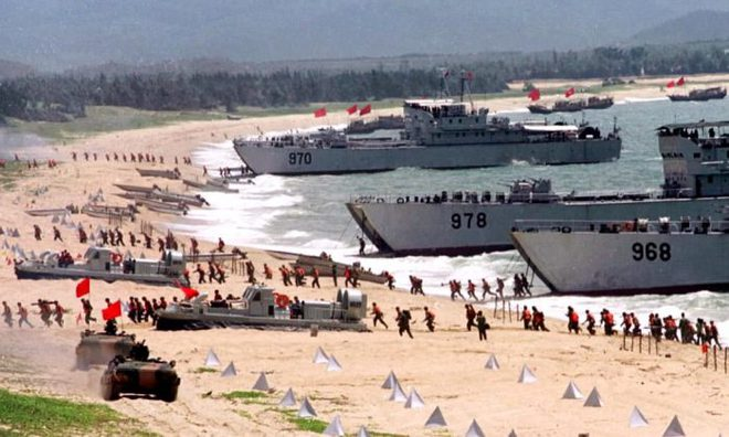 Báo Đài Loan: QĐ Trung Quốc lộ điểm yếu chí tử ở eo biển, phải vá víu bằng không quân? - Ảnh 2.