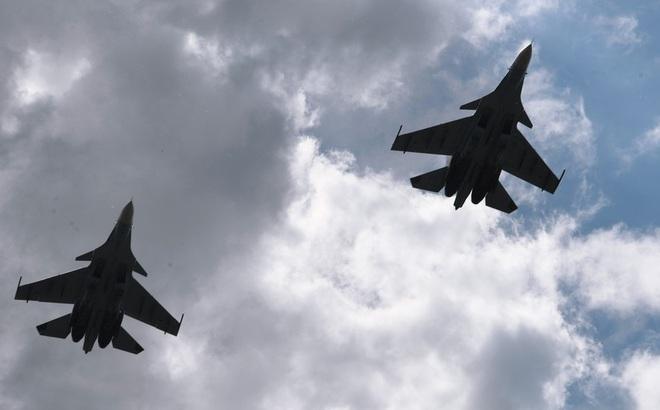 Su-35 nhận lệnh xuất kích khẩn cấp, vô tình bắn rơi Su-30: Vì đâu nên nỗi?