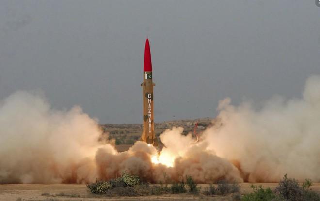 Dập tắt cơn thịnh nộ của Ấn Độ: Đồng minh của TQ có sức đe dọa lấn át hàng trăm đầu đạn trong tay Bắc Kinh - Ảnh 1.