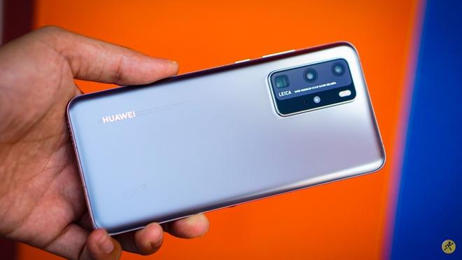 """Loạt smartphone """"xịn"""" sạc siêu nhanh đang """"trượt giá"""" mạnh - Ảnh 2."""