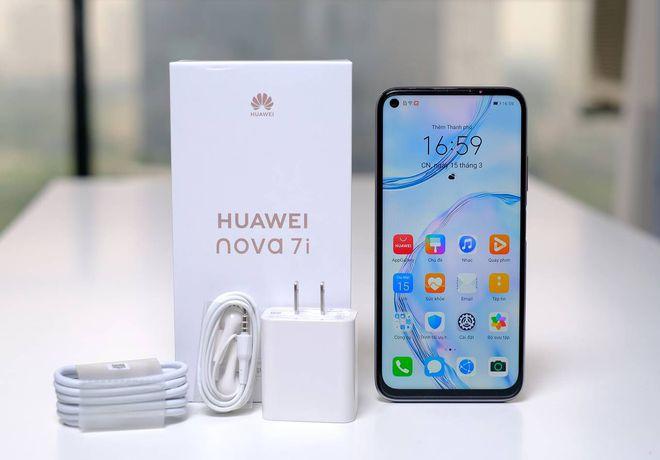 """Loạt smartphone """"xịn"""" sạc siêu nhanh đang """"trượt giá"""" mạnh - Ảnh 3."""