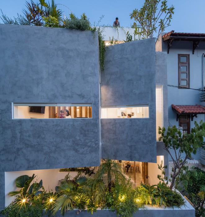 Kiệt tác kiến trúc trong ngôi nhà có mặt tiền đầy nếp gấp - Ảnh 8.