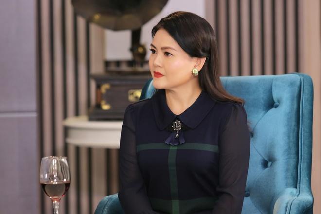 Vợ kém 11 tuổi của Kim Tử Long: Bị nhắn tin chửi bới, nói giật chồng, đào mỏ - Ảnh 3.