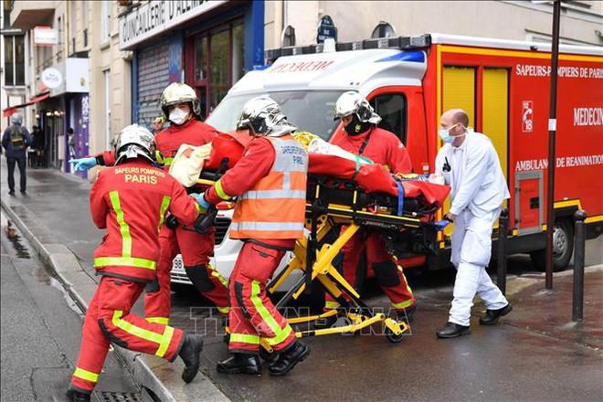 Cảnh sát bắt giữ một nghi phạmvụ tấn công bằng dao ở Pháp - ảnh 1