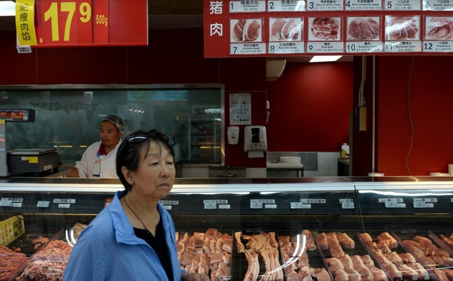 """Cấm thịt lợn Đức, TQ ngay lập tức """"thấm đòn"""" vì 1 loại mặt hàng nội địa đắt gấp 5 lần giá nhập khẩu"""