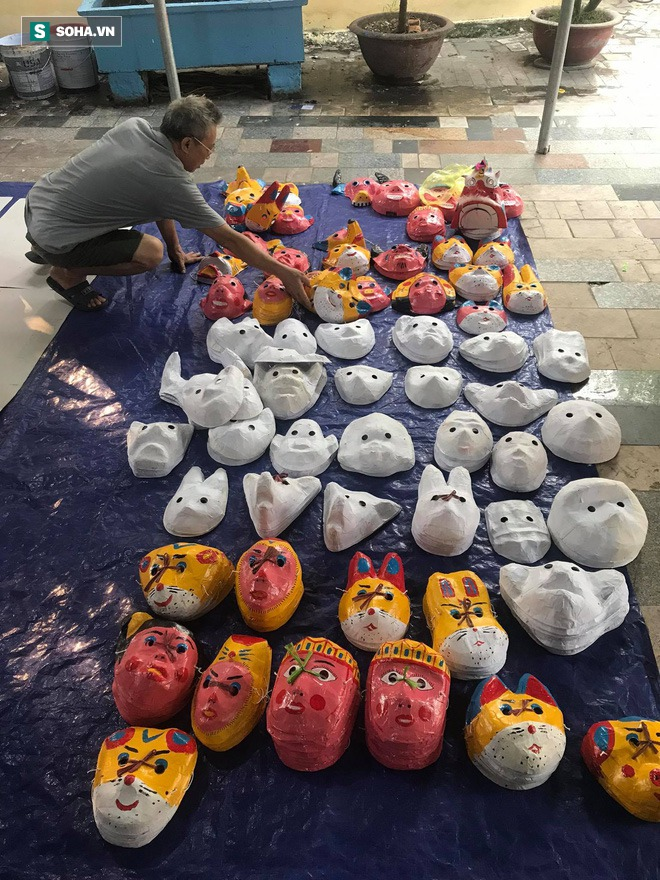 Làng nghề Trung Thu có tuổi thọ 40 năm thức xuyên đêm làm đồ chơi thu lãi hơn 100 triệu đồng - Ảnh 3.