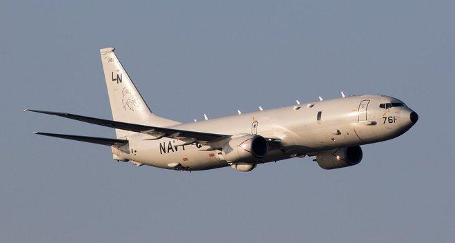 Máy bay Mỹ áp sát căn cứ Khmeimim, phòng không Nga báo động khẩn cấp - Vượt vòng vây, Iran thắng lớn - Ảnh 1.