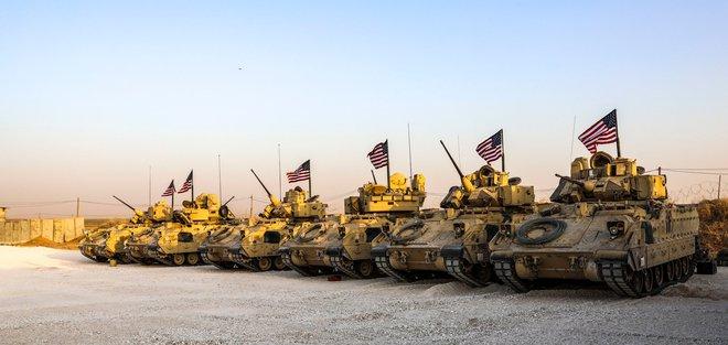 Báo Thổ Nhĩ Kỳ: Lầu Năm Góc kéo thêm quân tới Syria, Mỹ - Nga sẵn sàng đối đầu? - Ảnh 1.