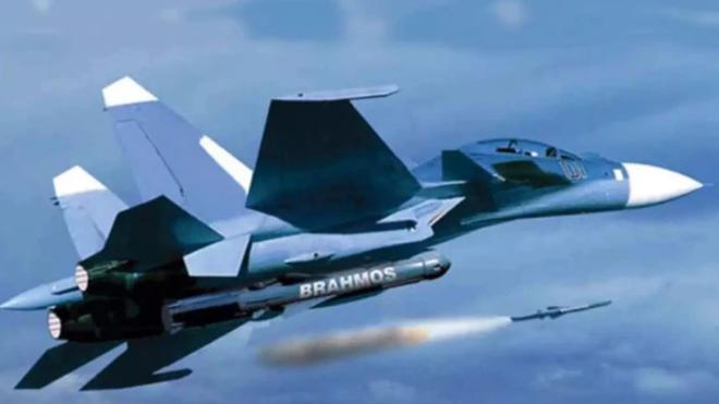 Trận địa phòng không bị phá vỡ, quân TQ sẽ phơi mình giữa sa mạc: Su-30MKI ra đòn hủy diệt - Ảnh 1.