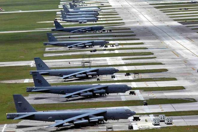 Báo TQ: PLA ưu thế hơn Mỹ ở eo biển Đài Loan, 39 căn cứ gần Đài Bắc tập kết được 1.000 chiến đấu cơ - Ảnh 1.