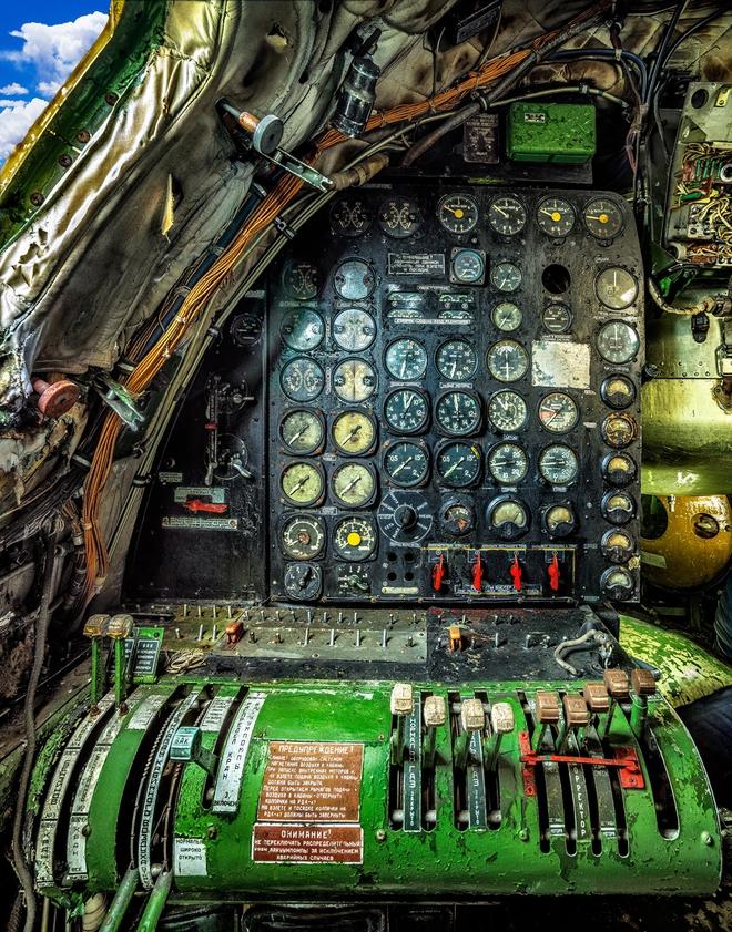 Hình ảnh bên trong buồng lái những chiếc máy bay huyền thoại của Liên Xô - Ảnh 11.