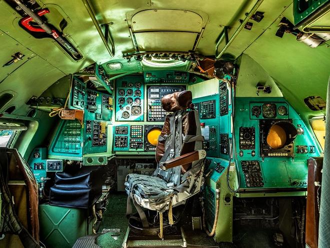 Hình ảnh bên trong buồng lái những chiếc máy bay huyền thoại của Liên Xô - Ảnh 15.