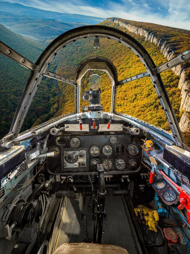 Hình ảnh bên trong buồng lái những chiếc máy bay huyền thoại của Liên Xô - Ảnh 4.