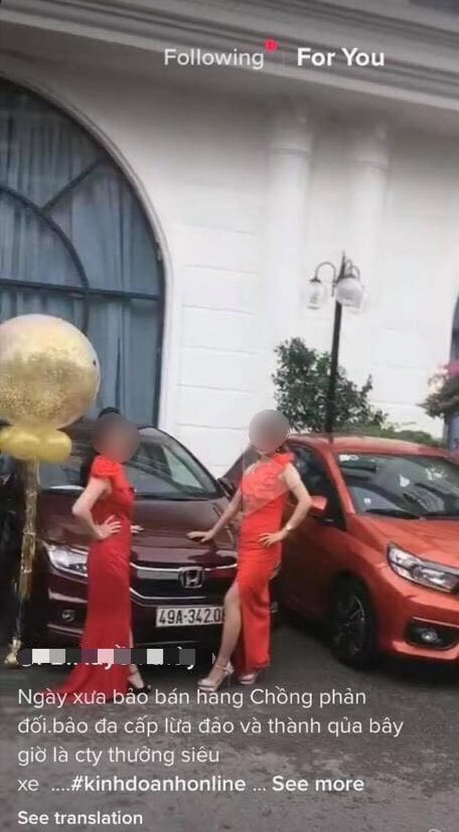 Khoe bán hàng được tặng ô tô, cô gái bị chủ xe bóc phốt đầy bẽ bàng ngay dưới bình luận - Ảnh 1.