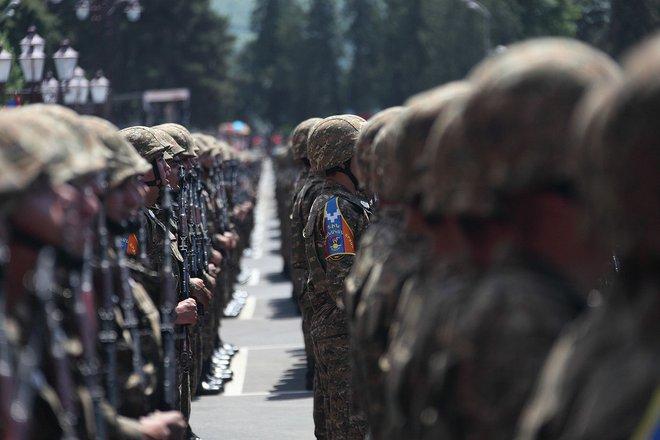 Armenia thương vong vài chục người nhưng diệt 32 tăng - thiết giáp, 370 lính đối phương? - Ảnh 1.