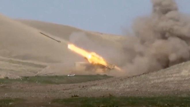 Đối đầu nảy lửa giữa Nga và Thổ Nhĩ Kỳ chỉ còn cách một bước chân ở Nagorno-Karabakh? - Ảnh 1.