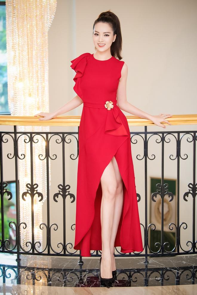 Á hậu Thụy Vân đẹp nổi bật, ngồi ghế nóng Hoa hậu Việt Nam - Ảnh 2.