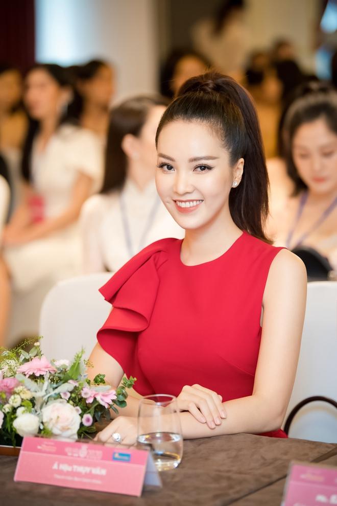 Á hậu Thụy Vân đẹp nổi bật, ngồi ghế nóng Hoa hậu Việt Nam - Ảnh 5.