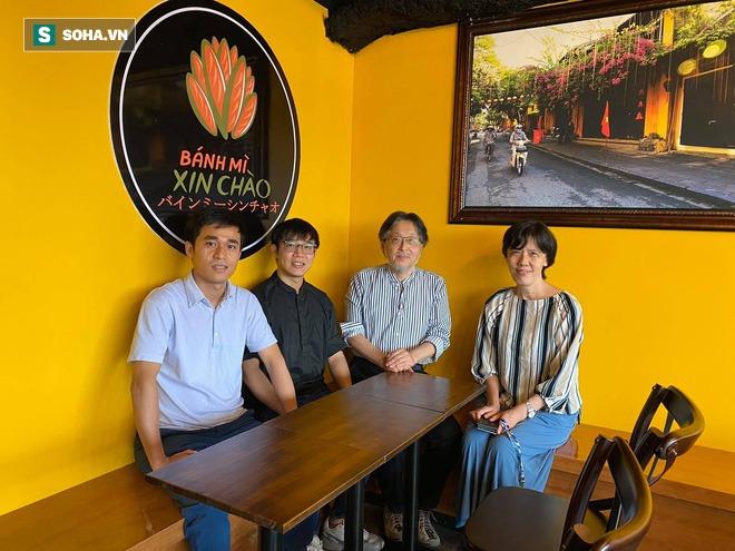 Quán bánh mì Việt Nam của hai anh em du học sinh trên đất Nhật: Giá 100.000 đồng/chiếc, khách đông nghịt - Ảnh 3.