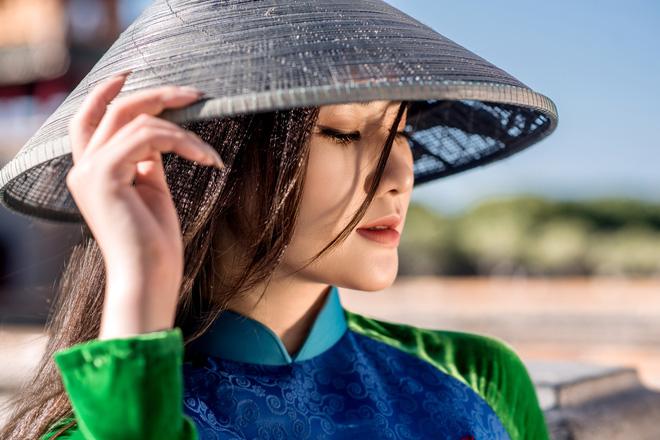 Mỹ nhân có mái tóc đẹp nhất Hoa hậu Việt Nam 2016 duyên dáng trong tà áo dài - Ảnh 11.