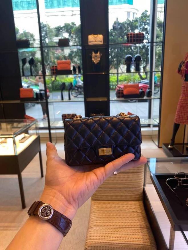 Cường Đô La chi tiền khủng để sắm bộ sưu tập túi hàng hiệu mini cho con gái - Ảnh 2.