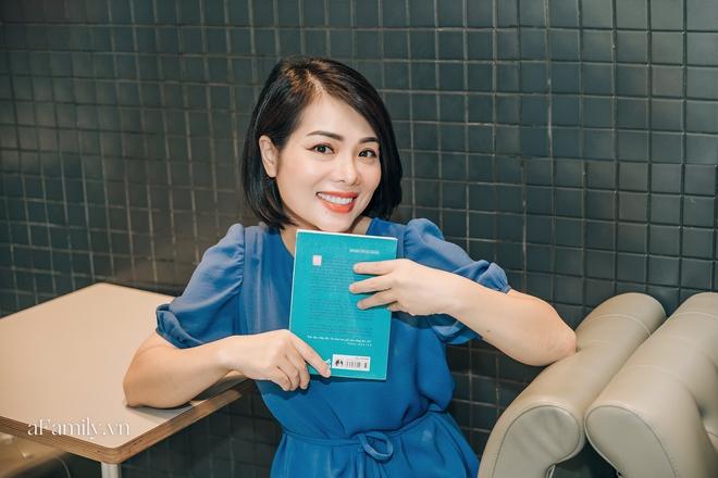 MC Bạch Dương một lần kể hết về quãng thời gian tạm dừng công việc ở VTV và những góc khuất khi làm truyền hình - Ảnh 1.